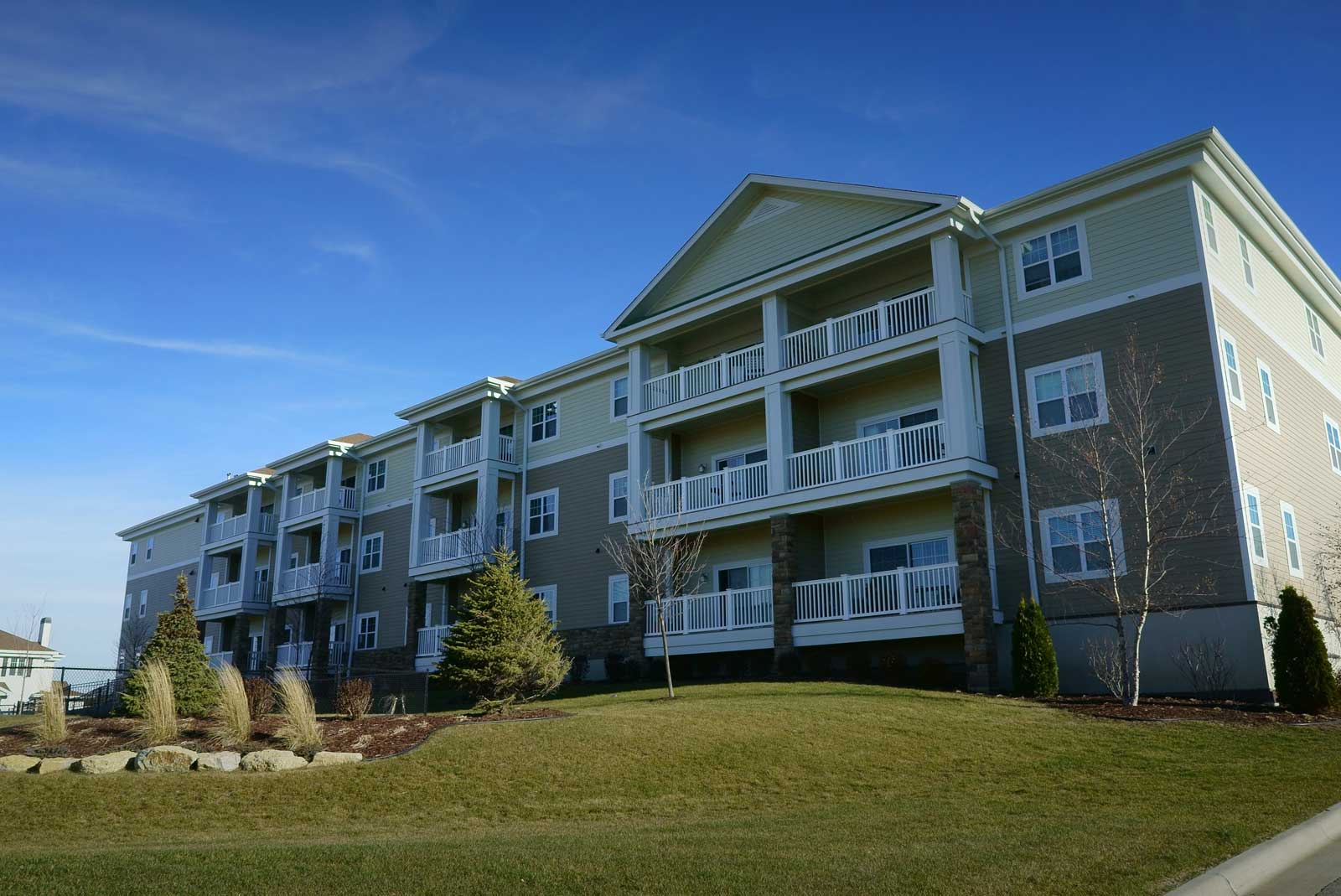 Welcome to The Boulders Apartments & Townhomes | The Boulders